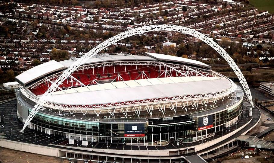 Estádio de Wembley em Londres visto de fora