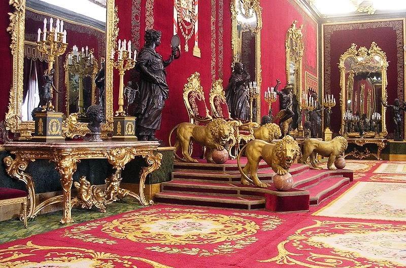 Interior do Palácio Real de Madrid