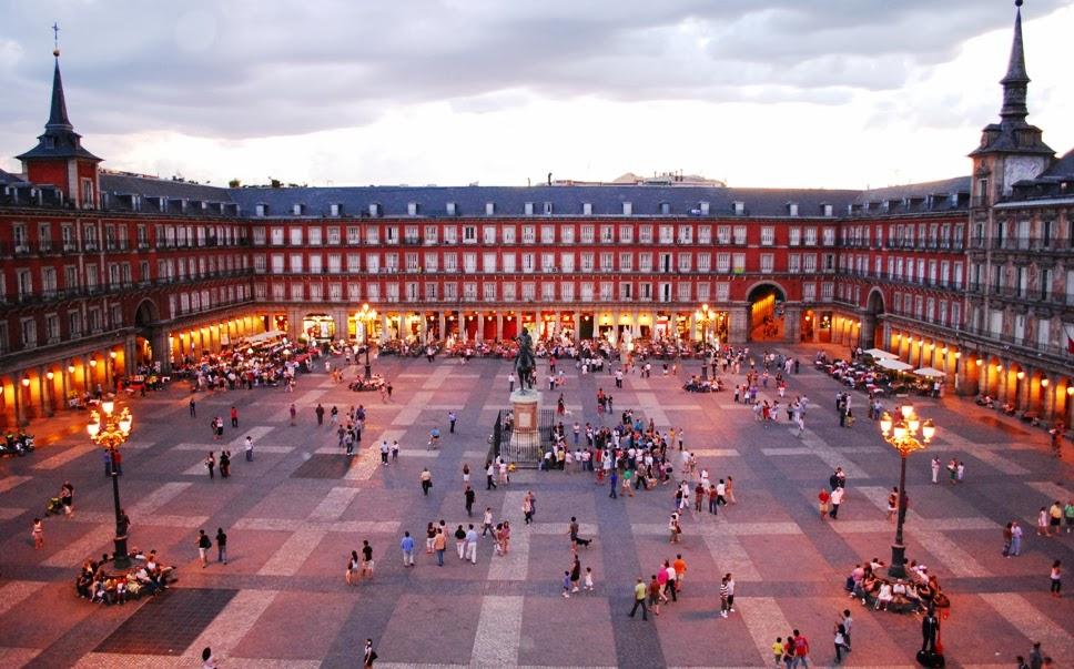 Praça Plaza Mayor em Madri