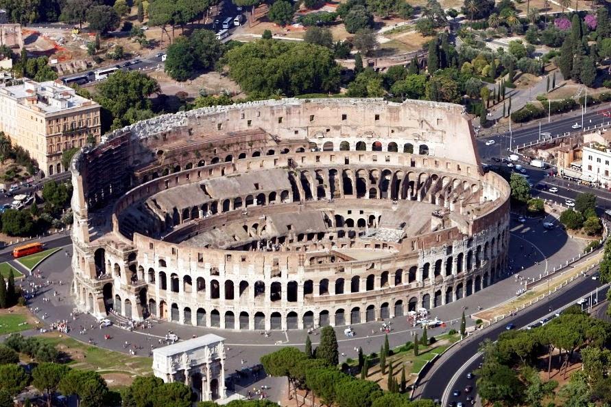 Coliseu de Roma visto de cima