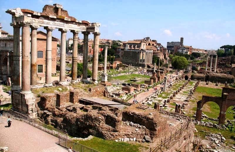 Fórum Romano em Roma na Itália