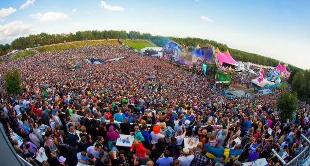 Tomorrowland em Boom na Bélgica visto de cima