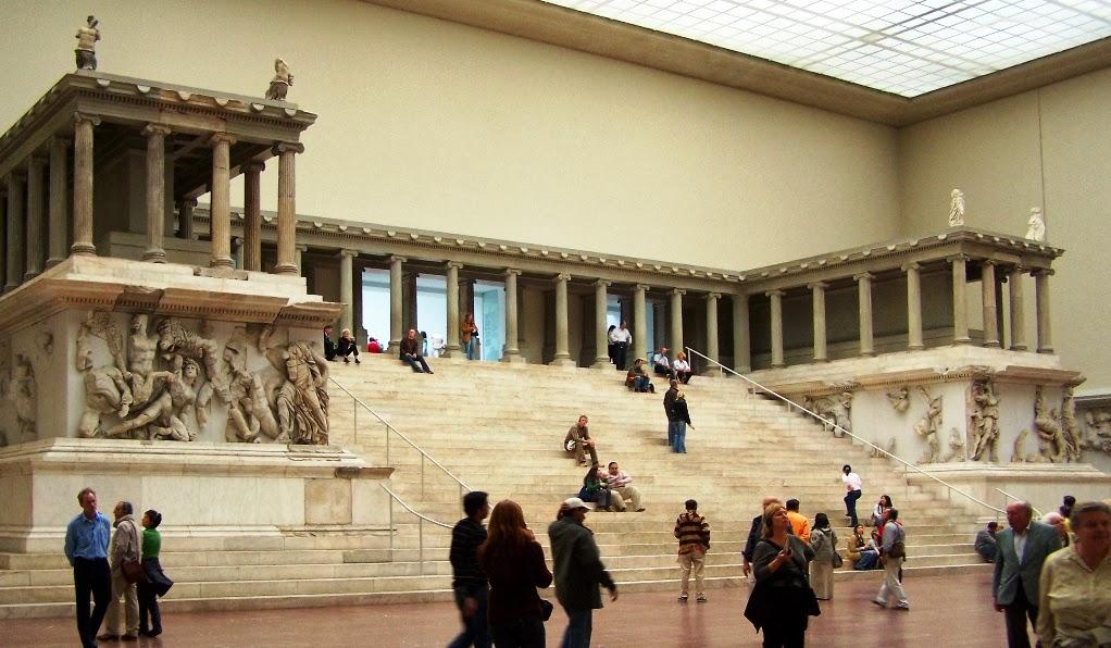 Museu Pergamon da Ilha dos Museus em Berlim