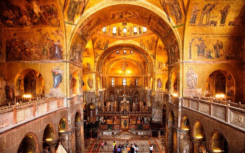 Interior da Basílica de San Marco em Veneza