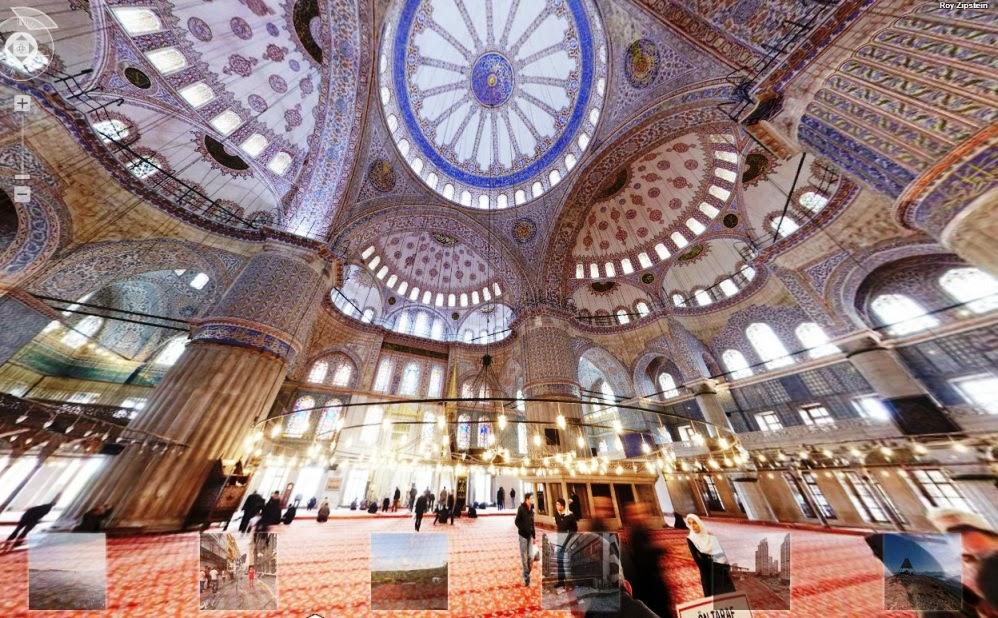 Detalhes do interior da Mesquita Azul em Istambul