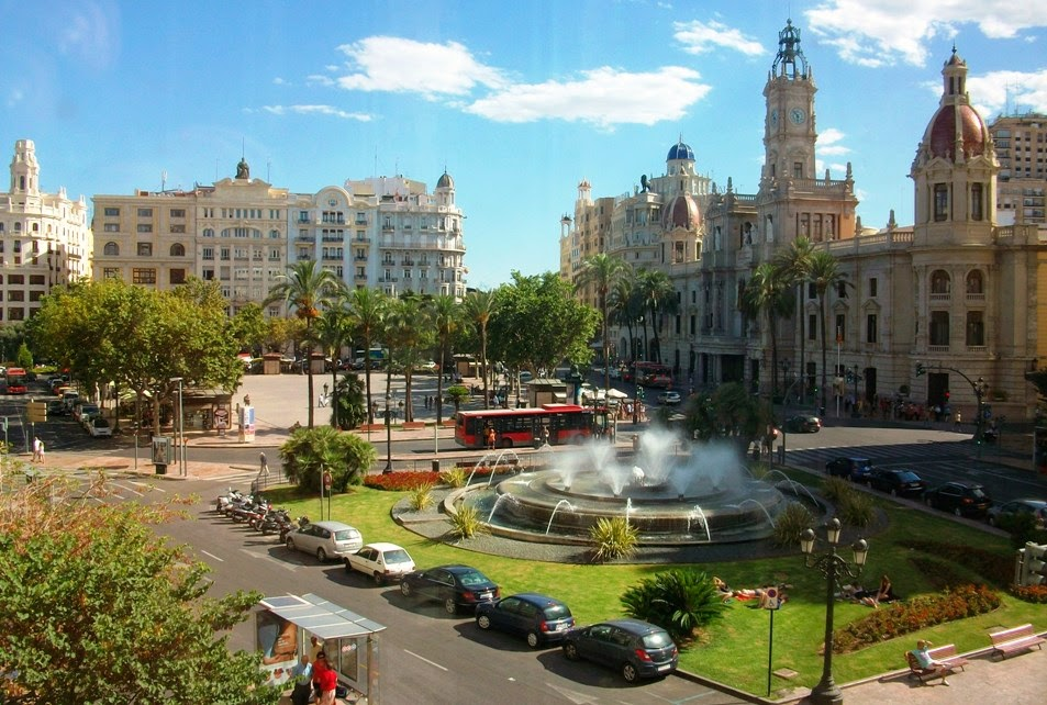 Praça Plaça de L'Ajuntament em Valência | Espanha