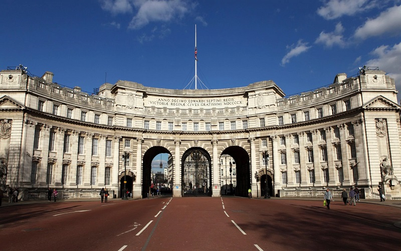 Prédio Admiralty Arch em Londres   Inglaterra
