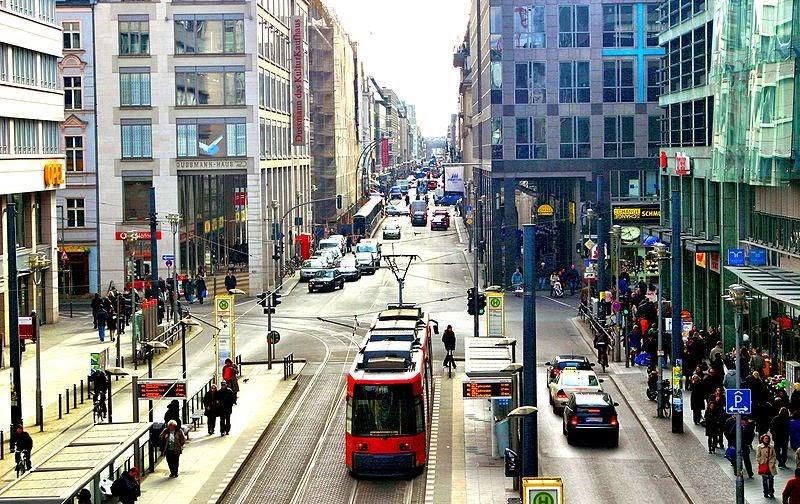 Rua Friedrichstrasse em Berlim