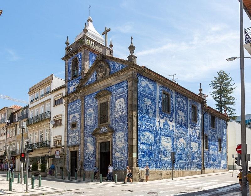 A Capela das Almas no Porto | Portugal