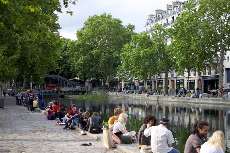 Canal Saint-Martin em Paris | França