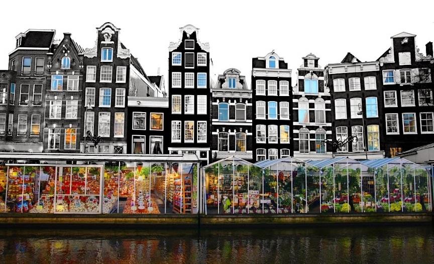 Mercado de flores em margem de canal de Amsterdã
