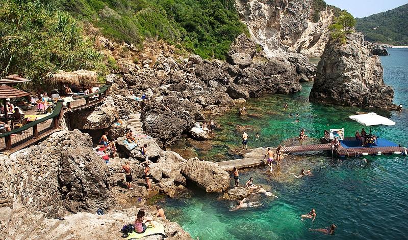 Grotta Cove em Corfu na Grécia