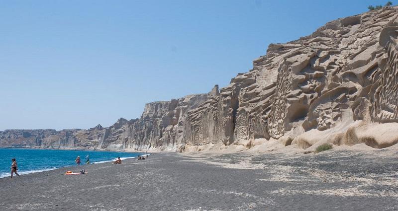 Praia Vlychada na ilha de Santorini