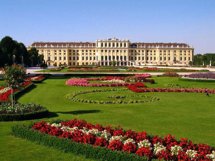 Jardim e Palácio de Schonbrunnem Viena