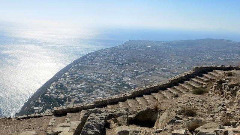 Morro Mesa Vouno em Santorini