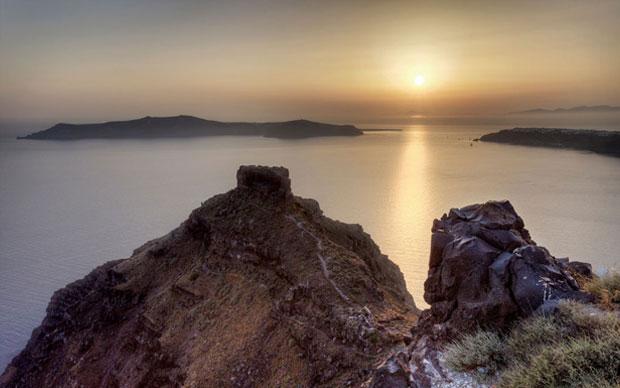 Pôr-do-sol em Imerovigli em Santorini
