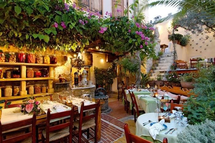 Restaurante em Creta