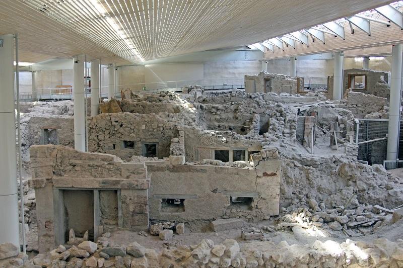 Sítio Arqueológico de Akrotiri em Santorini