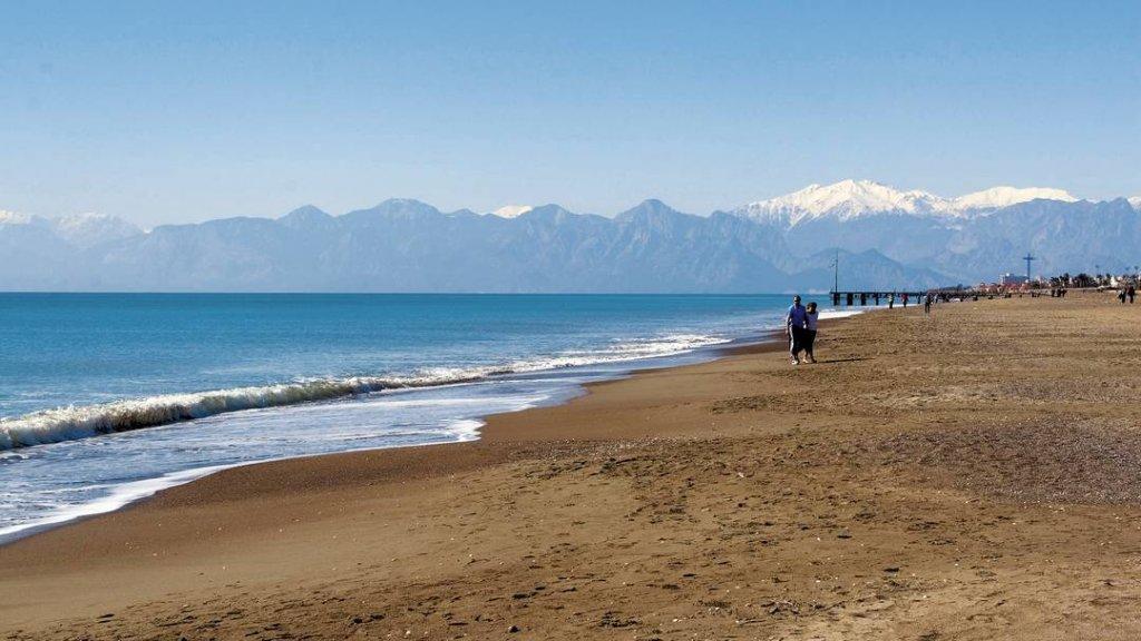 Praia Belek na Antália na Turquia