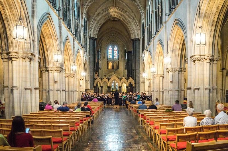 Missa na Catedral da Santíssima Trindade