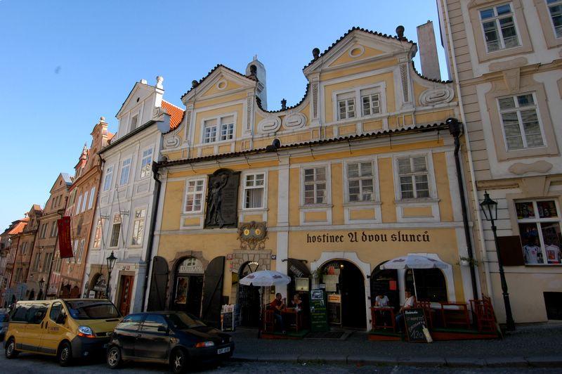Lojas na rua Karlova em Praga