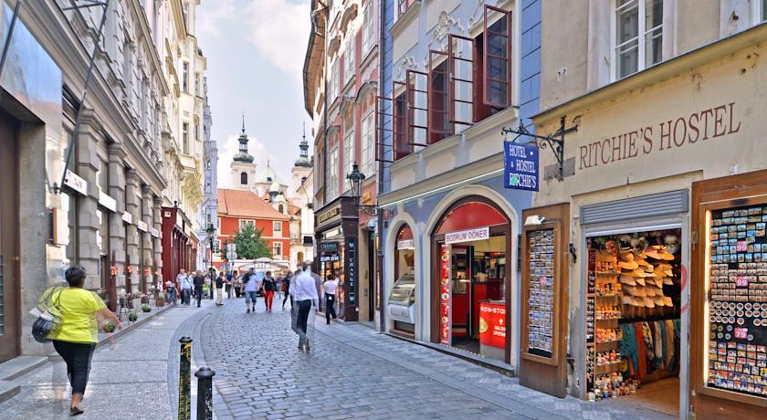Rua Karlova em Praga na República Checa