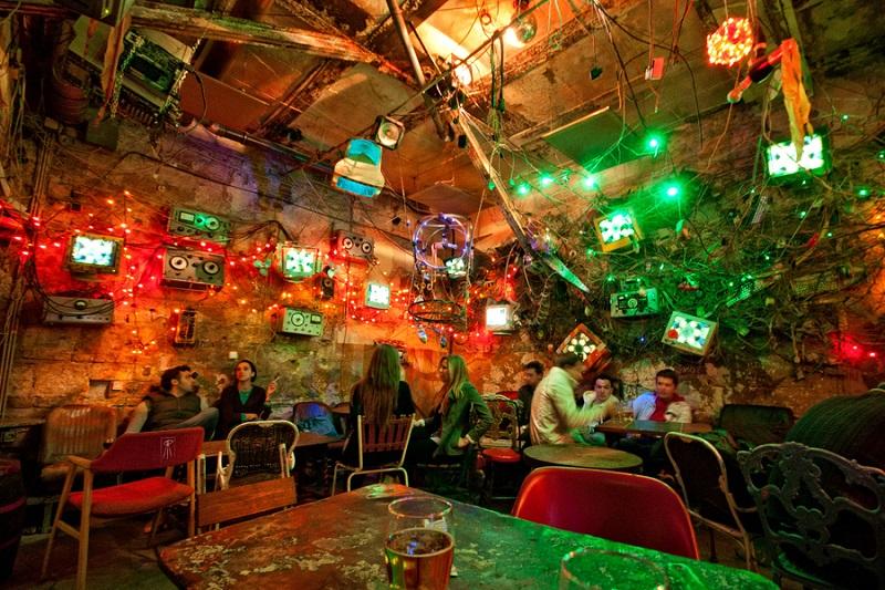 Bar Szimpla Kert em Budapeste