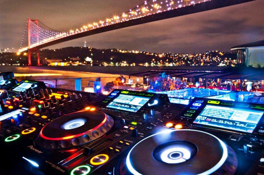 Melhores baladas em Istambul na Turquia