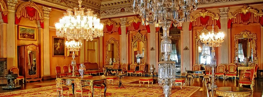 Dentro do Palácio Dolmabahçe em Istambul
