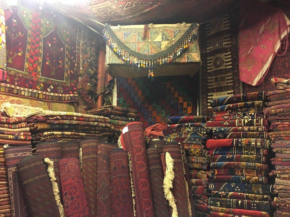 Galerie Ikman para comprar Tapetes e Carpetes