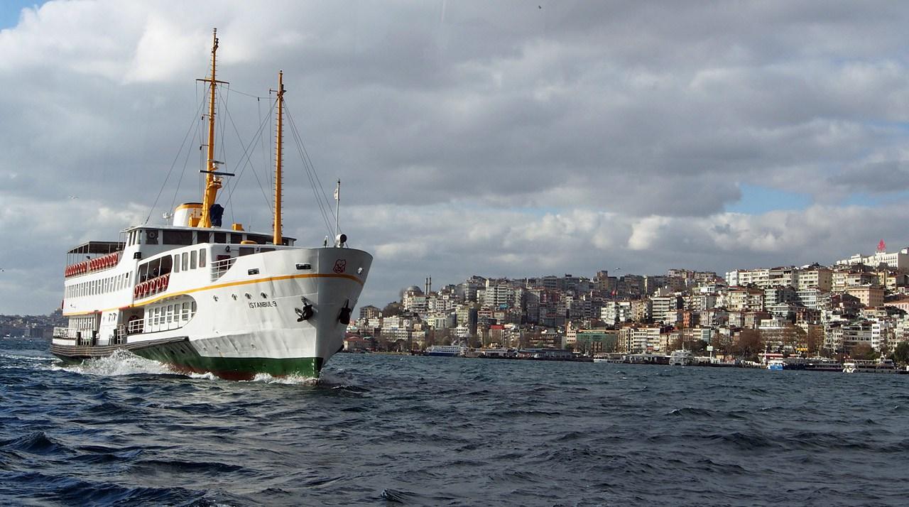 Passear de barco na lua de mel em Istambul