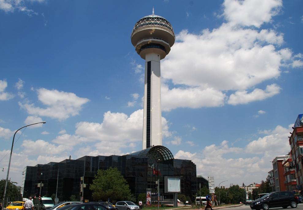 Torre Atakule em Ancara